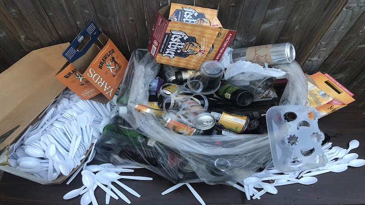 Post-Oktoberfest-garbage2
